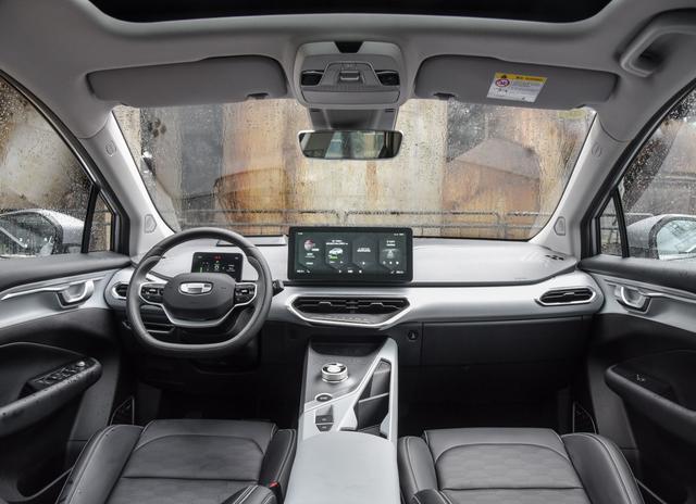 新能源将成为未来主流,热门紧凑纯电SUV推荐插图6